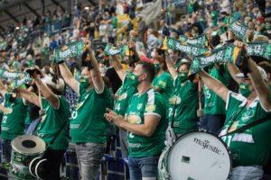 Knapp 2000 Handballfans sorgten für eine klasse Stimmung. Foto: Karsten Mann